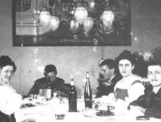 Familia Wittgenstein. Ludwig Wittgenstein al final a la derecha