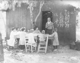 Escuela rural hacia 1890