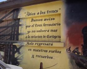 Cartel poético en Estación Cartagena Fotografía de Pilar Clemente.