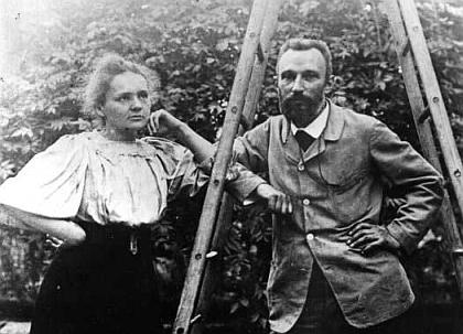 Pierre y Marie Curie.